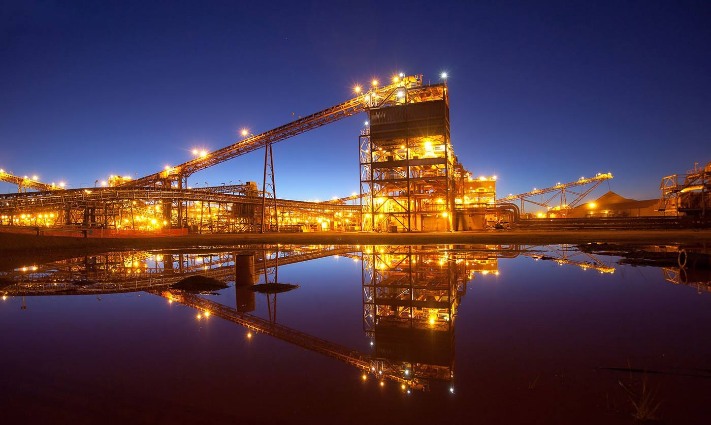 Iron ore wash plant in late evening - professional mine photography by Geoff Brown
