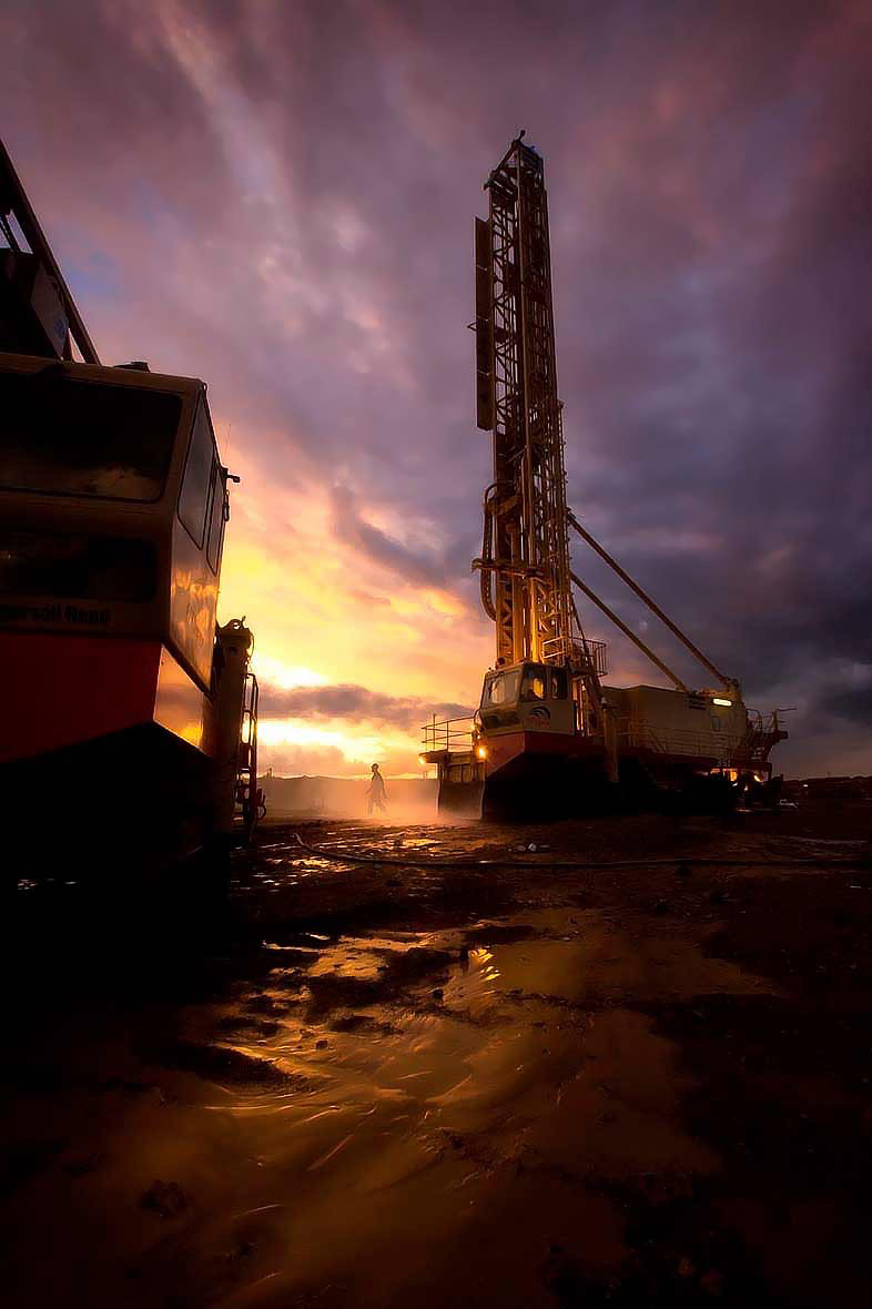 Pit Viper drill rigs at an open pit mine - Professional mining photographs by Geoff Brown